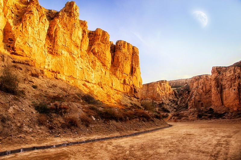 银川旅游景点水洞沟大峡谷