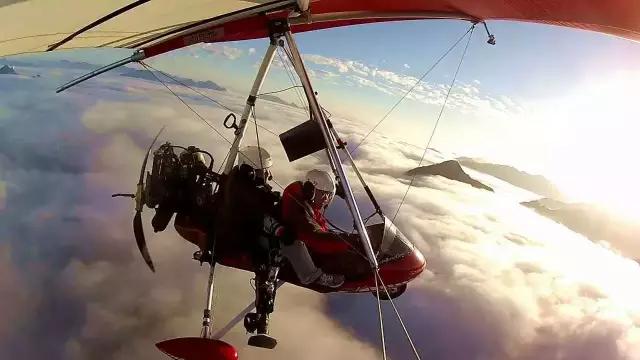 银川旅游攻略三角翼飞机