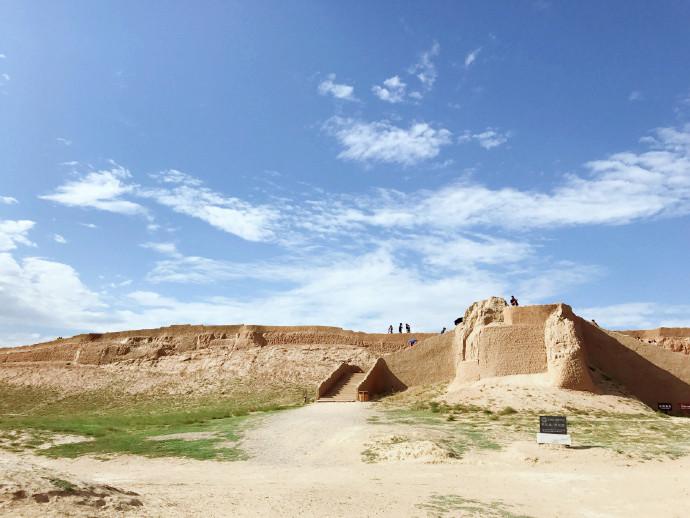 宁夏旅游水洞沟修葺后的明长城