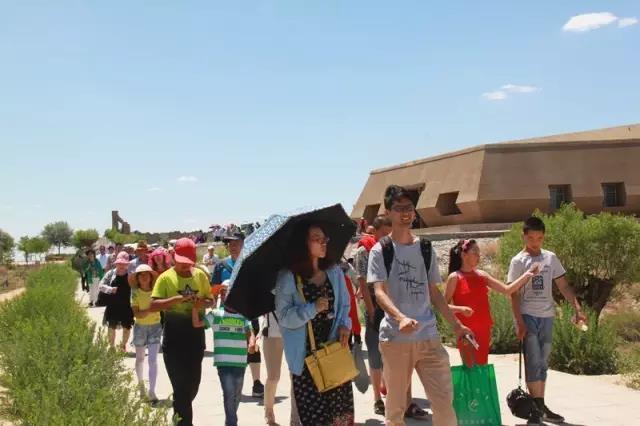 宁夏旅游攻略水洞沟游客