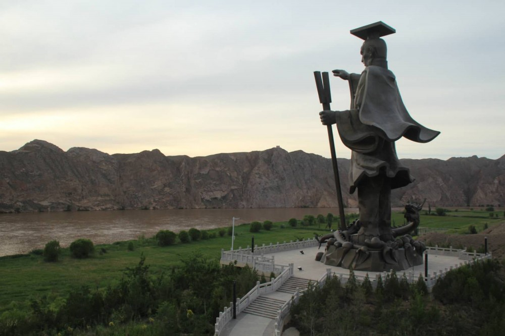 宁夏旅游黄河大峡谷
